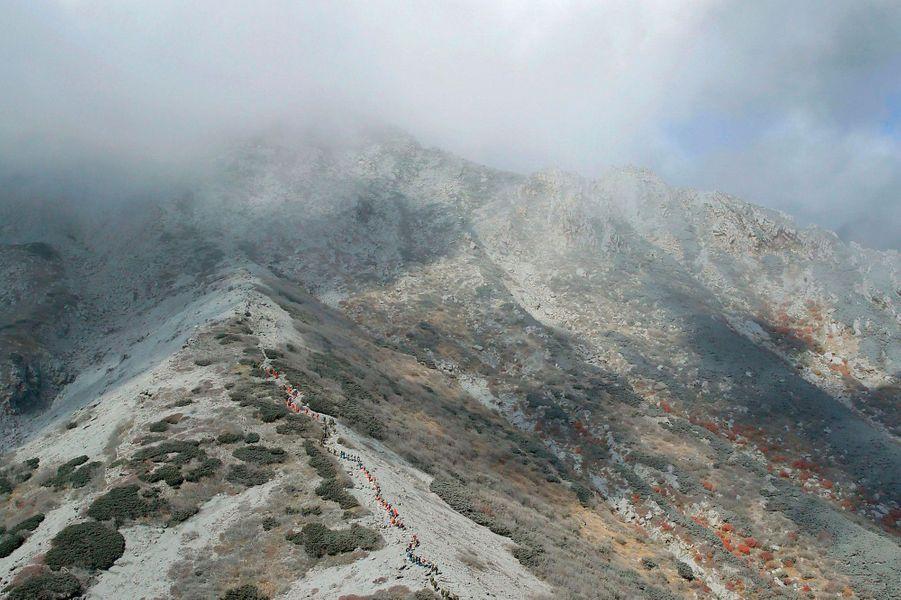 Mont Ontake : 48 morts et encore 71 disparus