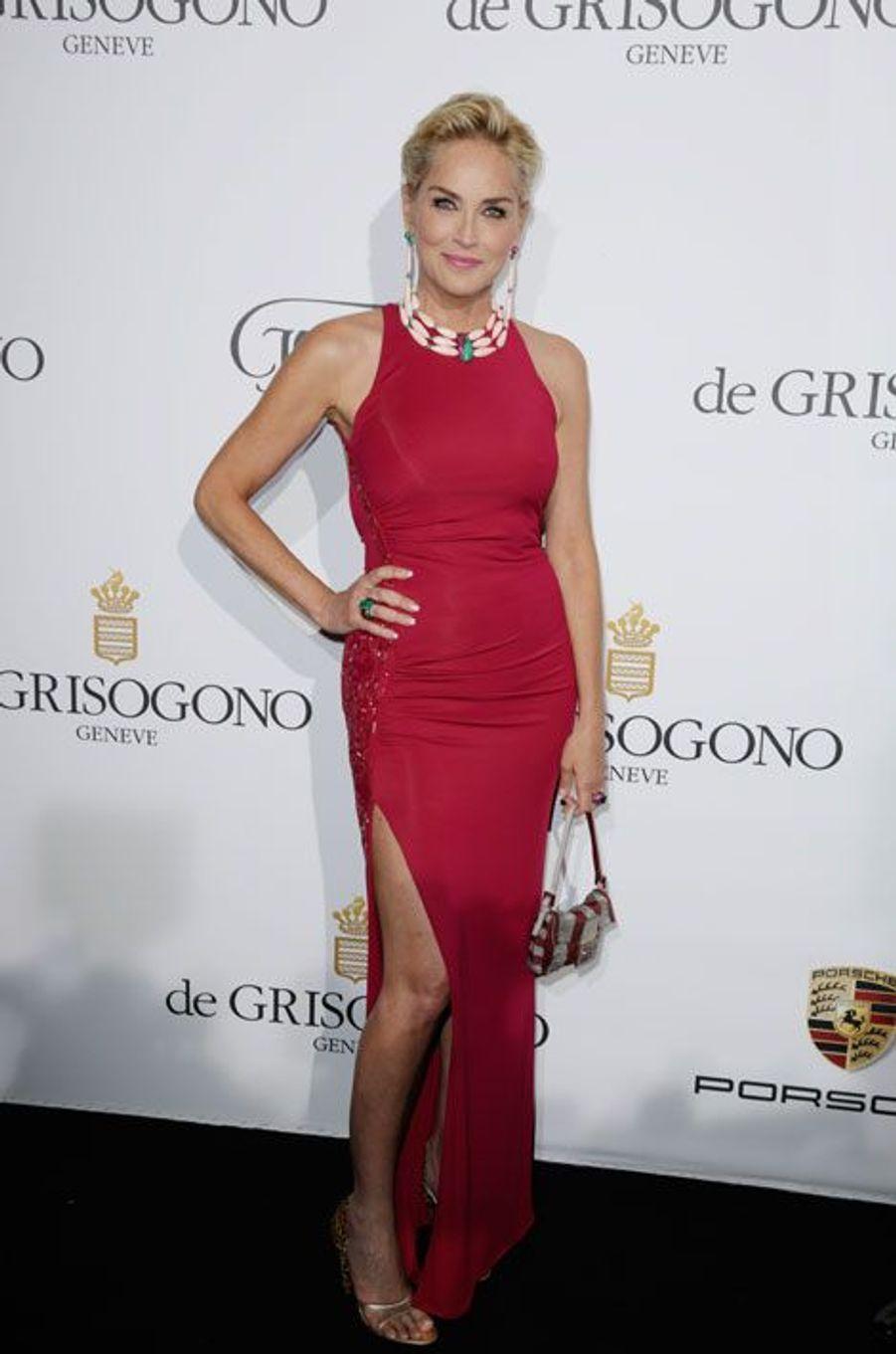 Sharon Stone resplendissante pour de Grisogono