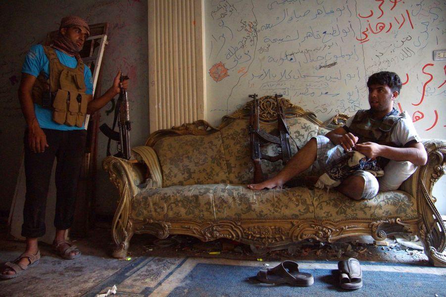 Syrie. Les maisons devenues champs de guerre