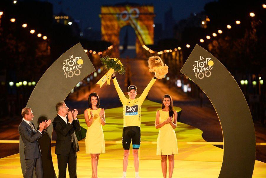 Tour de France: victoire nocturne pour Froome