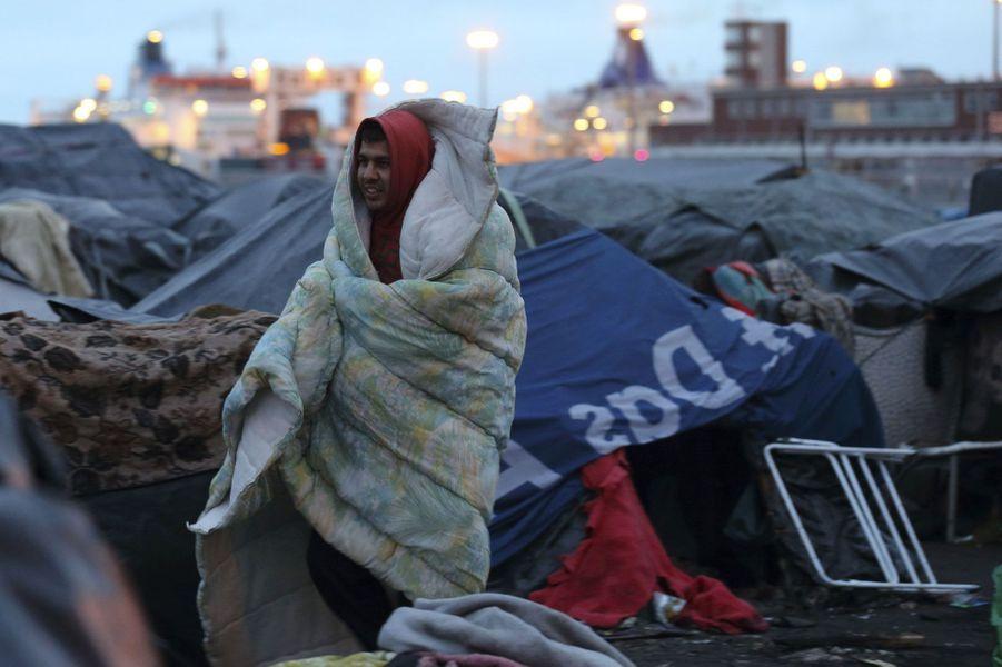 Evacuation de grande envergure à Calais