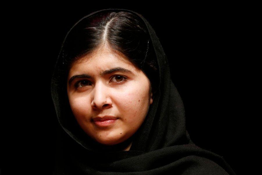 Elles sont nombreuses, ces femmes, à s'être illustrées en 2013. Qu'elles soient militantes, comme Malala ou Inna Shevchenko, femmes politiques, à l'image de Christiane Taubira ou encore actrices avec Adèle Exarchopoulos, elles ont toutes marqué l'année 2013 de leur emprunte. Paris Match vous propose de voter sur sapage Facebookpour la femme de l'année.Ici,Malala Yousafzai.La jeune militante pakistanaise est devenue en 2013 la plus jeune personne nommée aux Prix Nobel de la Paix. Si elle n'a pas gagné, elle a cependant obtenu lePrix Sakharovpour la liberté de l'esprit. En juillet, elle a également prononcé un discours à la tribune de l'ONU, où elle a abordé l'accès à l'éducation dans son pays. «Les extrémistes ont peur des livres et des stylos. Le pouvoir de l'éducation les effraie».
