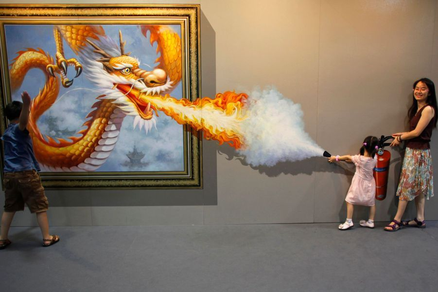 Photo prise lor de la Magic Art Special Exhibition de Hangzhou, dans la province Zhejiang en Chine, en juillet 2012.