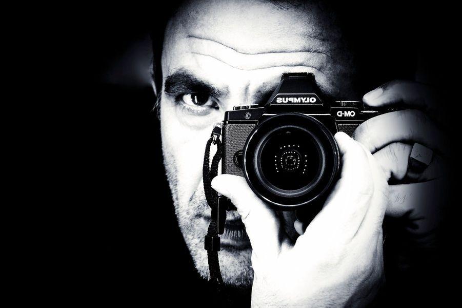 Entre deux émissions, l'animateur se consacre à sa passion: la photographie.