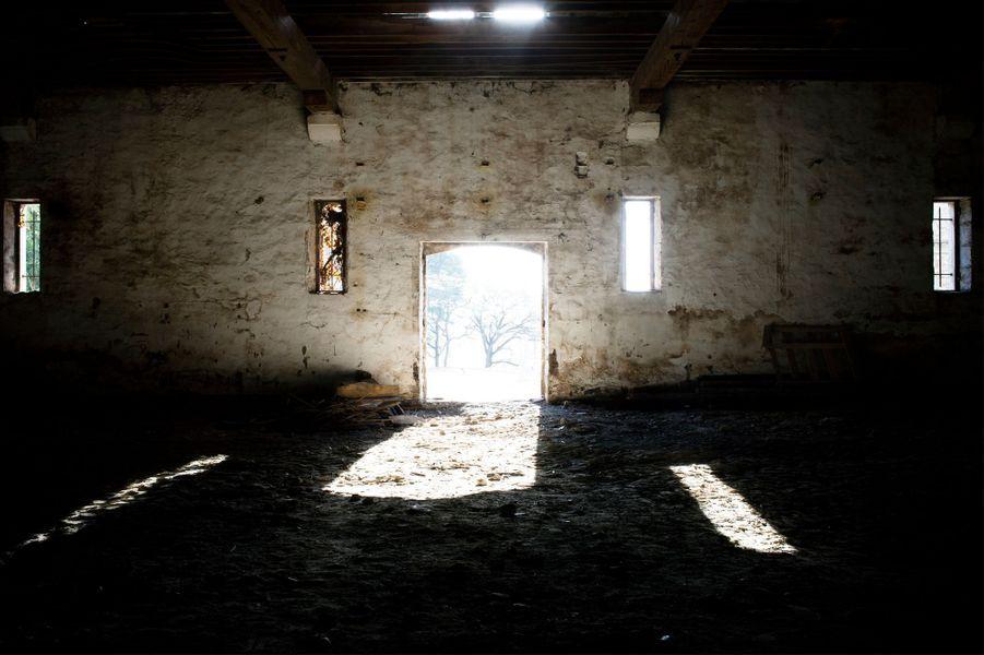 Cave avant restauration – Domaine viticole, Malagas, 2015 ©Gilles Coulon.Lauréat 2017 – «Ré-enchanter l'entreprise»