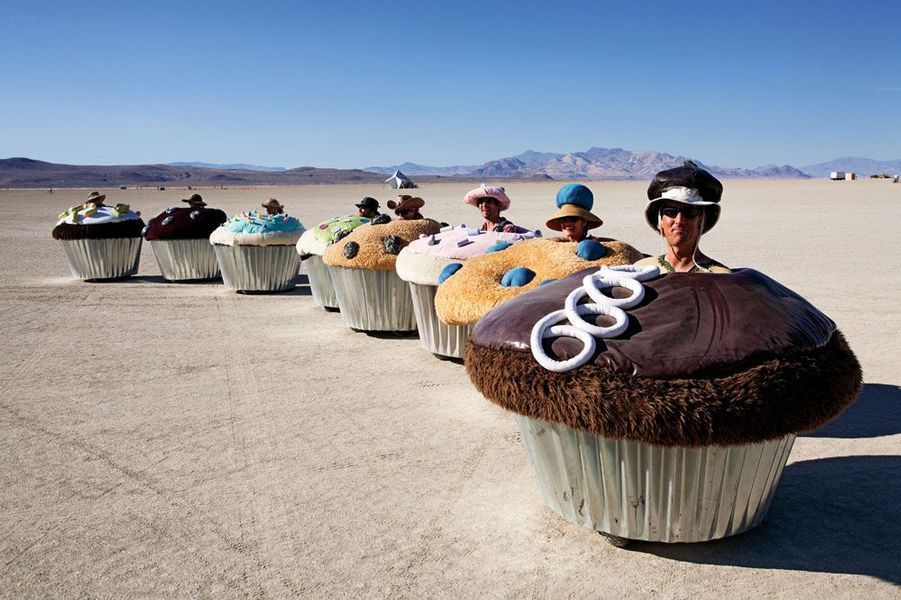 Cupcake Cars, 2006, by Lisa Pongrace, Greg Solberg and the Acme Muffineering team