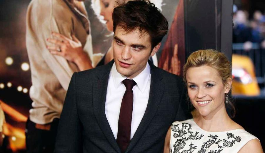 Robert Pattinson et Reese Witherspoon à la première du film dont ils partagent l'affiche, De l'eau pour les éléphants, à New York.