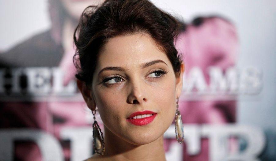 Ashley Greene, connue pour son rôle d'Alice Cullen dans Twilight, a assisté hier à la première new-yorkaise du film Sherlock Holmes.