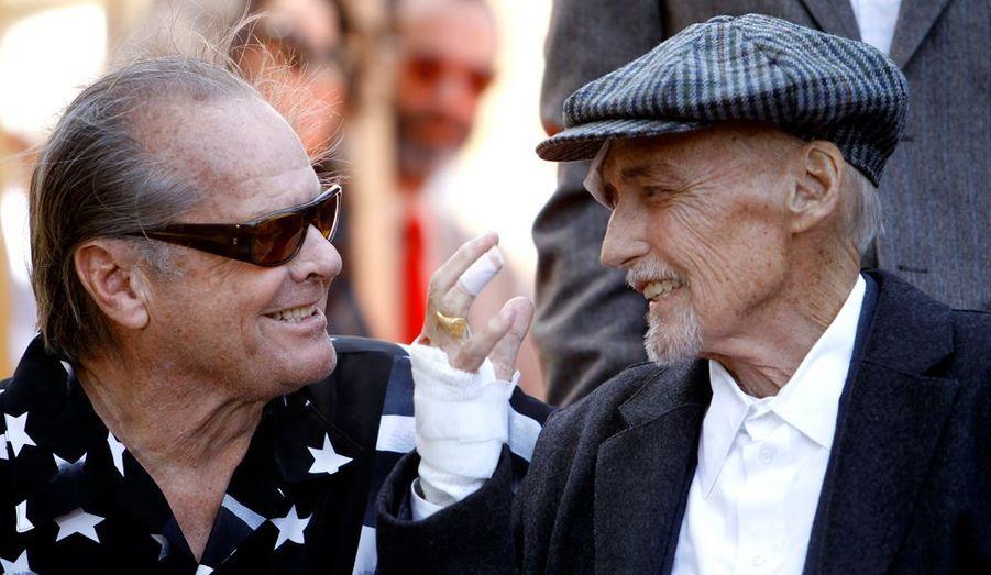 Avec leur copain Peter Fonda, ils ont tourné The Trip en 1967, sous la direction de Roger Corman. Avant que Dennis ne signe son propre chef-d'œuvre, Easy Rider, toujours avec Fonda et Nicholson, en 1969.
