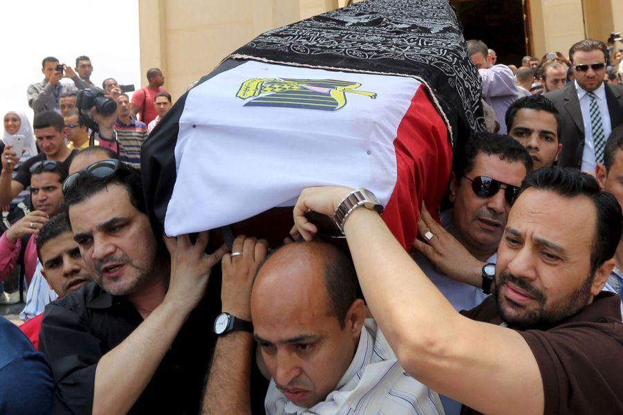 Au Caire, les derniers adieux à Omar Sharif