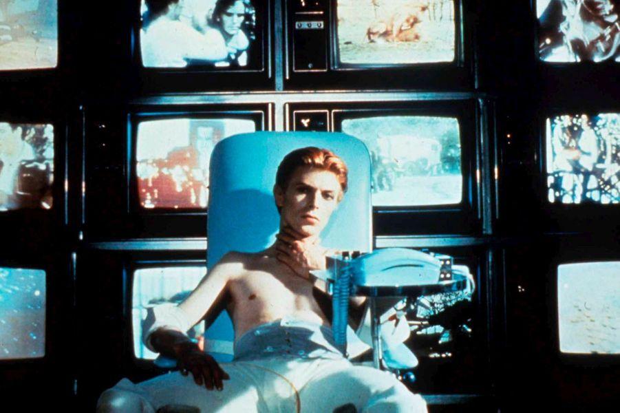 """1976 : """"L'Homme qui venait d'ailleurs"""" de Nicholas Roeg"""