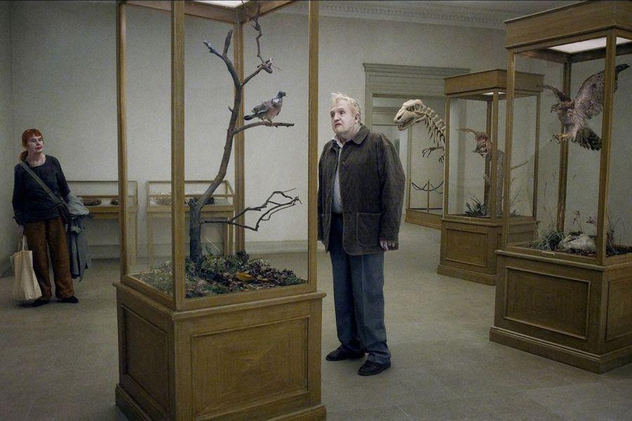 «Un pigeon assis sur une branche, réfléchissant sur l'existence», Lion d'or