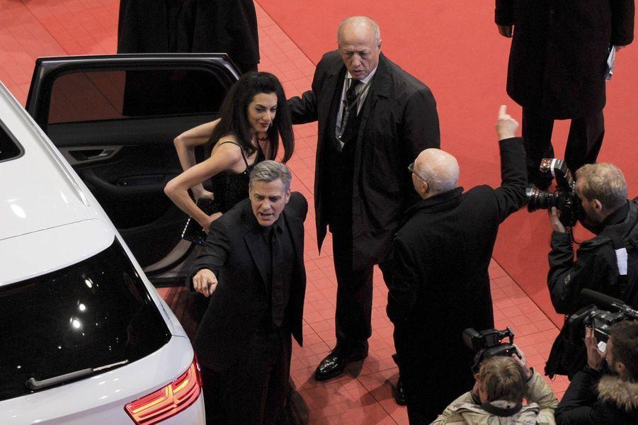 Arrivée de George et Amal Clooney