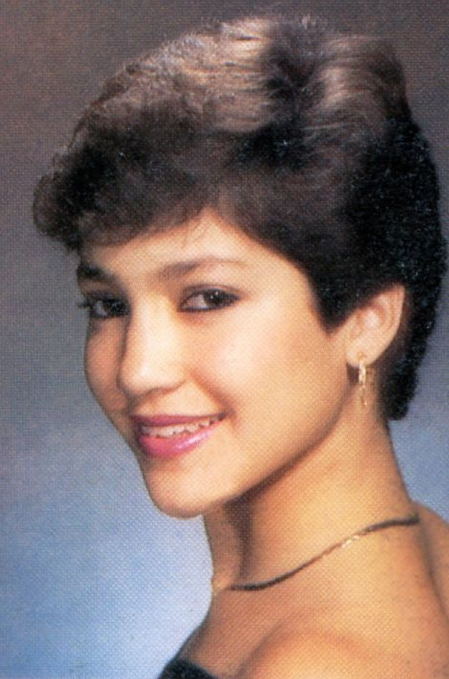 Jennifer Lopez à la Preston High School, 1987