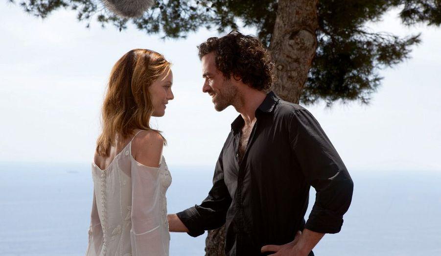 Après de nouvelles longues années d'absence au cinéma, Vanessa Paradis est applaudie dans cette comédie romantique de Pascal Chaumeil, avec Romain Duris.