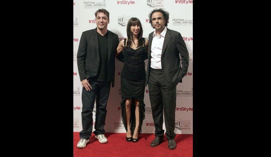 Javier Bardem, Maricel Alvarez et Alejandro Gonzalez Inarritu à l'avant première de Biutiful, au Festival du film de Morelia, au Mexique.