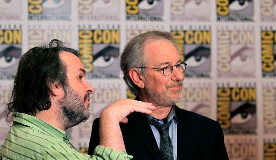 """Peter Jackson et Steven Spielberg discutent, lors de la présentation de leur adaptation des """"aventures de Tintin"""" au Comic Con de San Diego."""