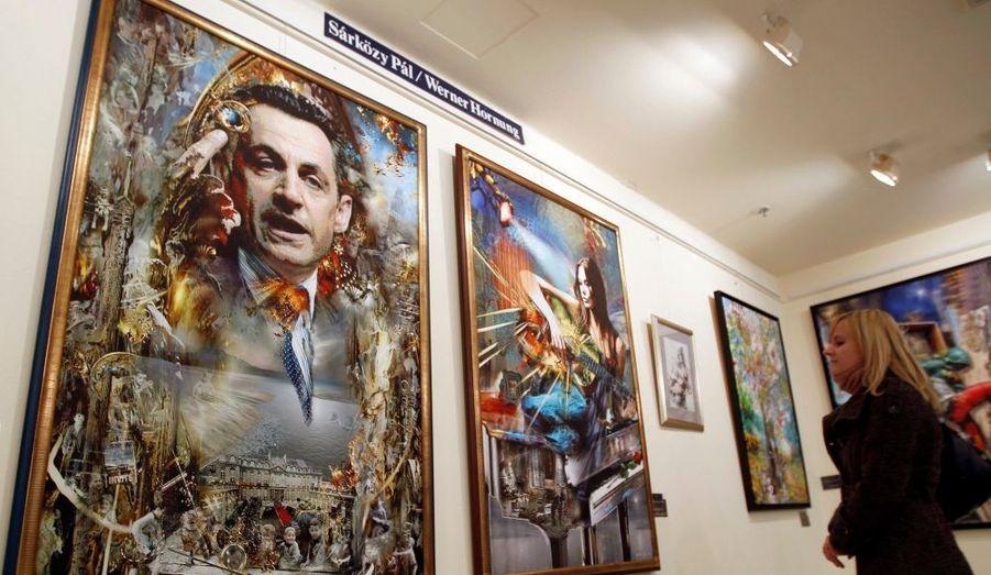 Pal Sarkozy expose du 8 au 26 février ses peintures à la Galerie Abigail de Budapest (Hongrie). Le père du président de la République, 82 ans, a notamment consacré une toile à son fils, et une autre à sa belle-fille, Carla Bruni-Sarkozy. Les Parisiens pourront découvrir ses oeuvres à partir du 24 avril et jusqu'au 24 mai à l'Espace Pierre Cardin (Paris 8).