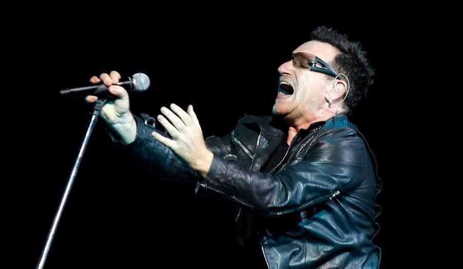 Le chanteur de U2 a poursuivi sa tournée triomphale par un gigantesque concert en Turquie, à Istanbul.