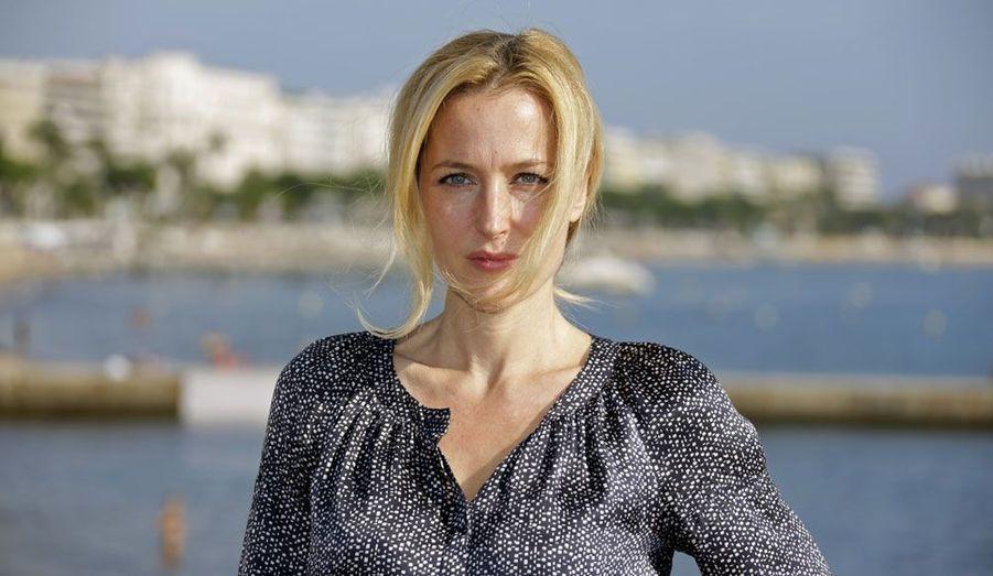 A 44 ans, la star de «X-Files» Gillian Anderson est venue défendre à Cannes sa nouvelle série télévisée, «The Fall».
