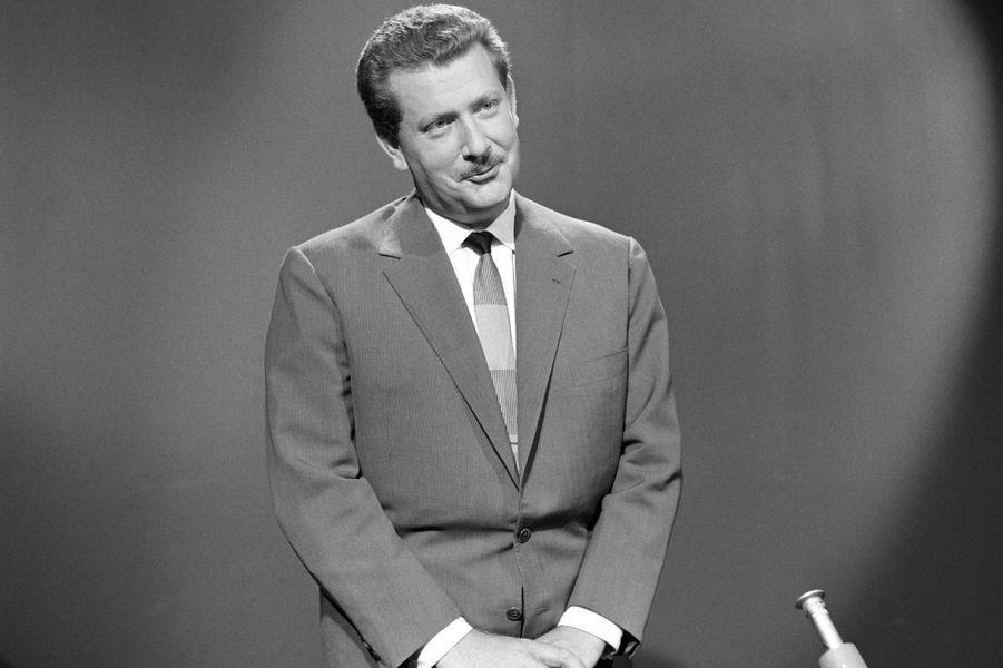 """Pierre Bellemare en 1959 dans """"Télé match""""."""