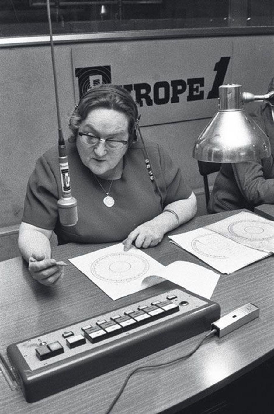 Madame Soleil, l'astrologue la plus écoutée de France, de 1970 à 1993.