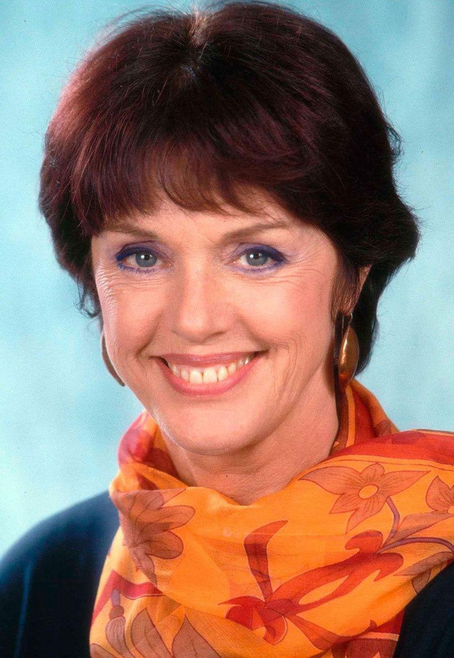 Catherine Beaumont (Annie Duperey)