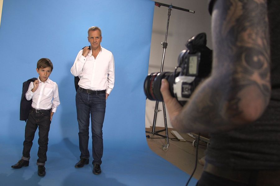 Les animateurs et leur mini-moi en émoi pour le clip de rentrée de M6