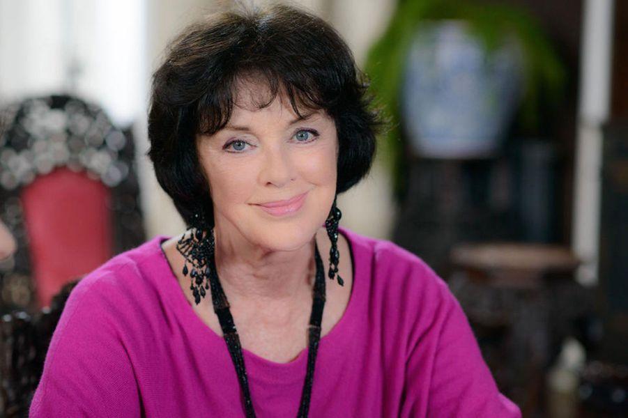 """Annie Duperey dans """"Une famille formidable"""" (TF1)"""