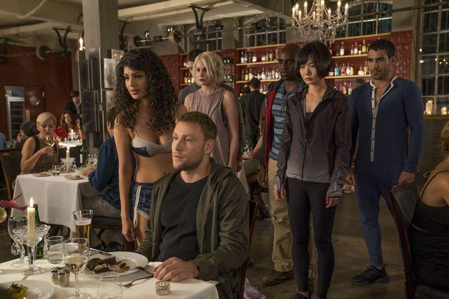 """Les premières images de la saison 2 de """"Sense8"""""""