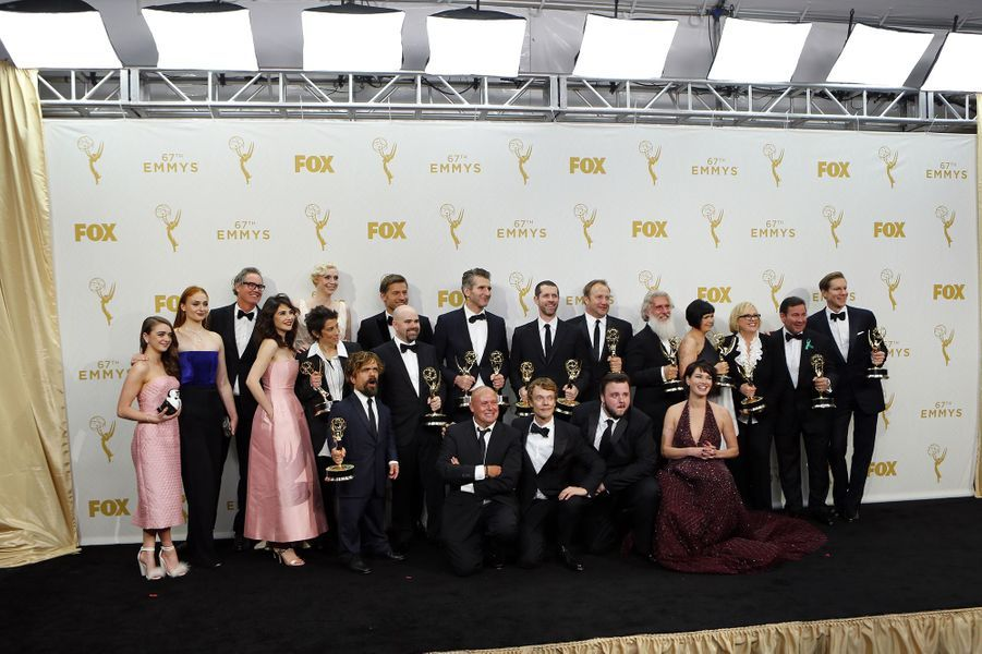 "L'équipe de ""Game of Thrones"" à la cérémonie des Emmy Awards, le 20 septembre 2015"