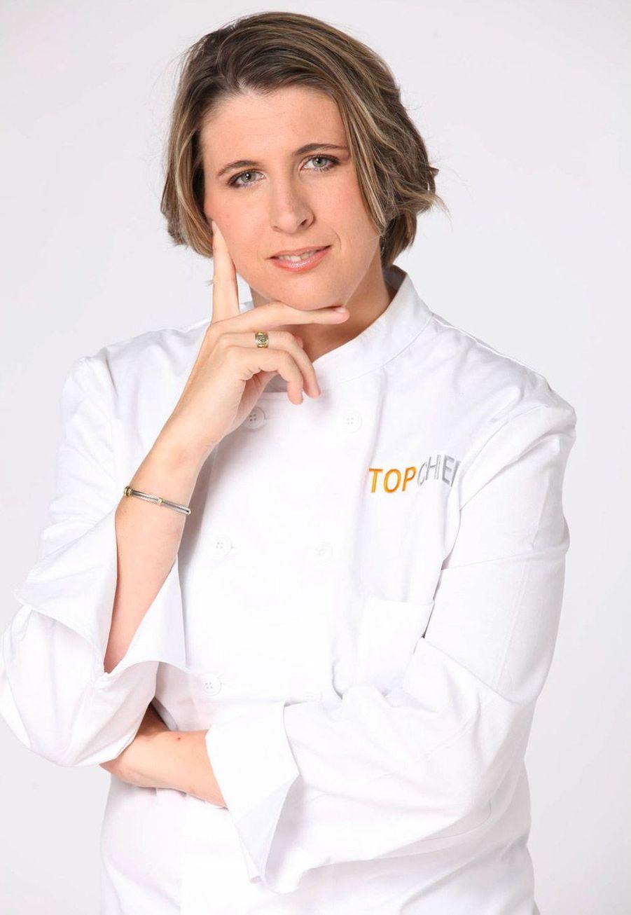 Stéphanie Le Quellec, gagnante en 2011: Après sa victoire à «Top Chef», tout s'est accéléré pour Stéphanie Le Quellec. En 2013, elle a pris les commandes du restaurant La Scène dans l'hôtel de luxe Le Prince de Galles, à Paris. Quelques mois plus tard, elle a décroché sa première étoile au guide Michelin. En 2017, elle est revenue sur M6 pour coanimer «Ma mère cuisine mieux que la tienne», avec Jérôme Anthony.