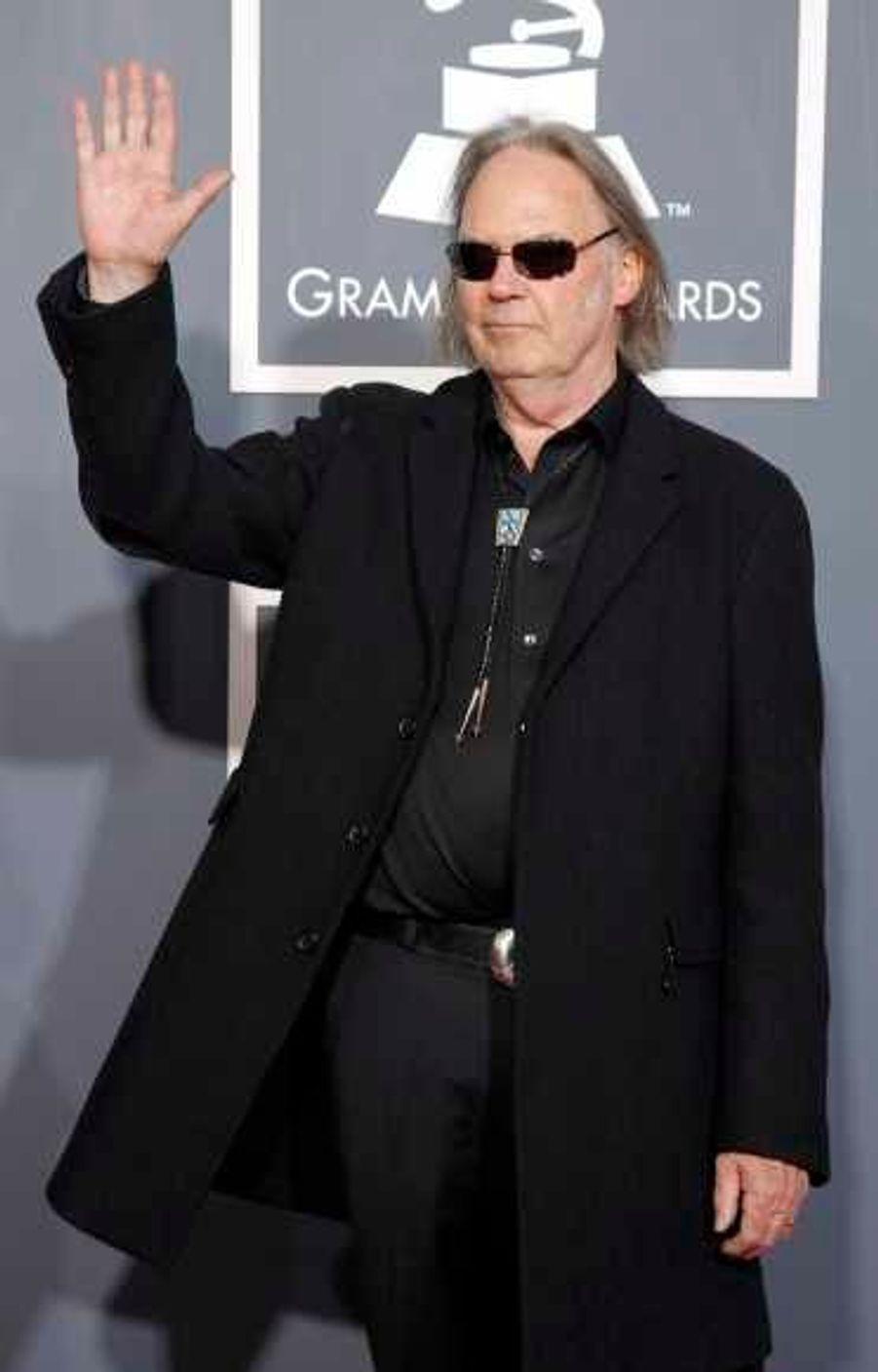 Neil Young a remporté le prix de la meilleure chanson rock de l'année pour Angry World.