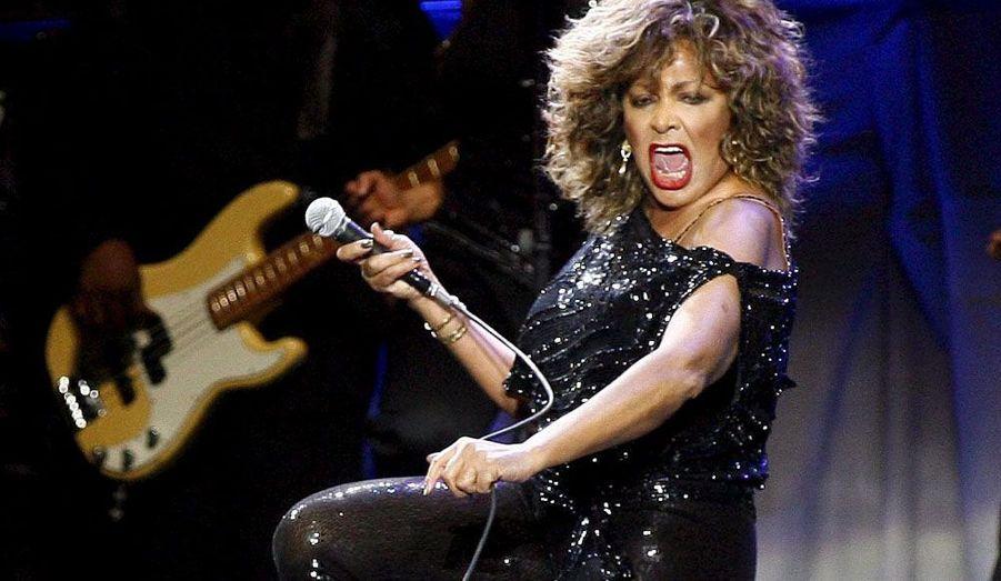 La chanteuse a décidé de se lancer à 69 ans dans une tournée mondiale, huit ans après ses adieux officiels.