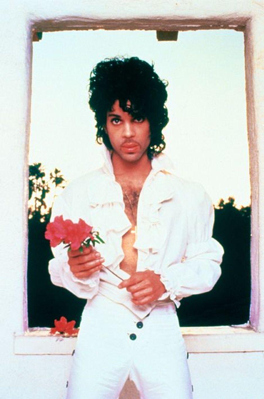 Le chanteur Prince en 1985.