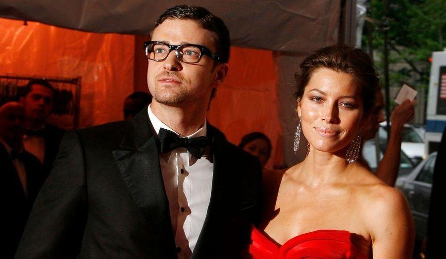 Le chanteur aurait envoyé des textos à l'humoriste américaine Olivia Munn, révélant que sa relation avec Jessica Biel serait finie. Il y a quelques temps, des rumeurs de tromperie avaient circulé, mais Justin Timberlake avait nié en bloc.