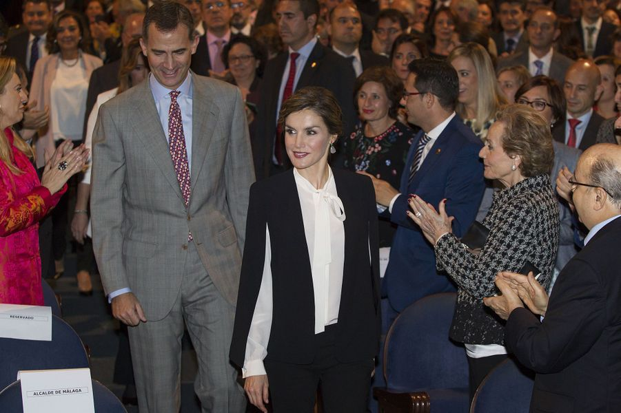 La reine Letizia et le roi Felipe VI d'Espagne à Malaga, le 5 novembre 2015