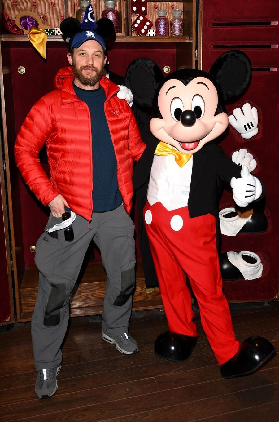 Tom Hardy à Disneyland Paris.