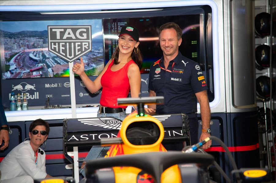 Bella Hadid et Christian Horner au Grand Prix de Monaco dimanche 27 mai
