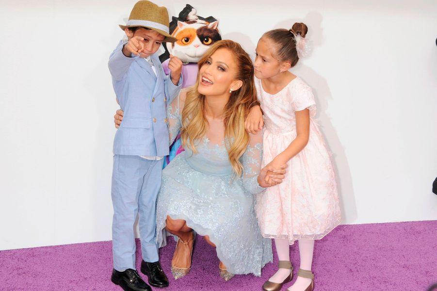 Jennifer Lopez et ses jumeaux