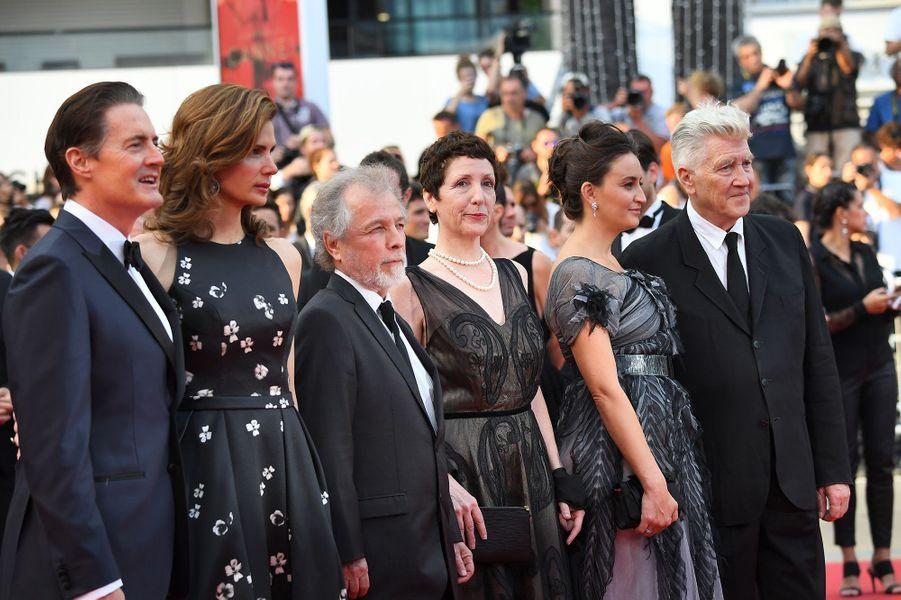 """L'équipe de """"Twin Peaks"""" sur la Croisette le 25 mai 2017."""