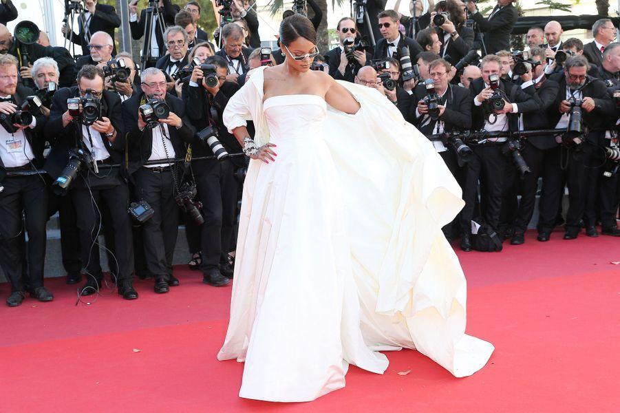 Tolérance de Monica Bellucci, stress de Lily-Rose Depp — Festival de Cannes