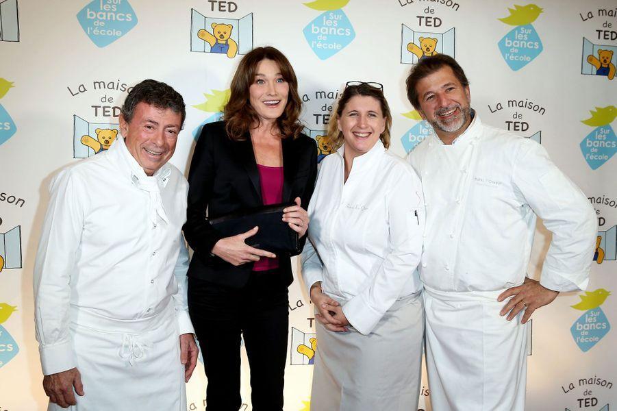 Christian Constant, Carla Bruni-Sarkozy, Stéphanie Le Quellec, Jean-Pierre Biffi au gala de charité pour l'autisme