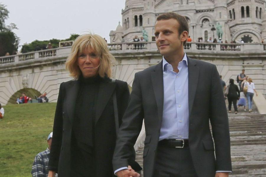 Brigitte Trogneux (57) et Emmanuel Macron (38)