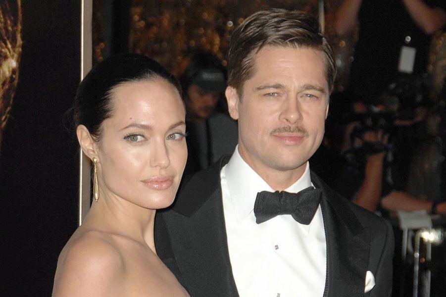 Brad Pitt et Angelina JolieEn couple depuis 2005, mariés depuis 2014, ils ont divorcé en septembre cette année.