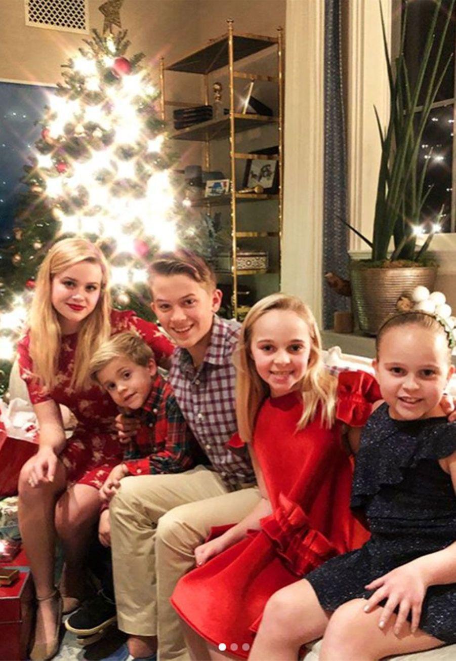 Les enfants deReese Witherspoon et des proches