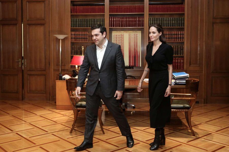 Aléxis Tsípras et Angelina Jolie à Athènes le 16 mars 2016