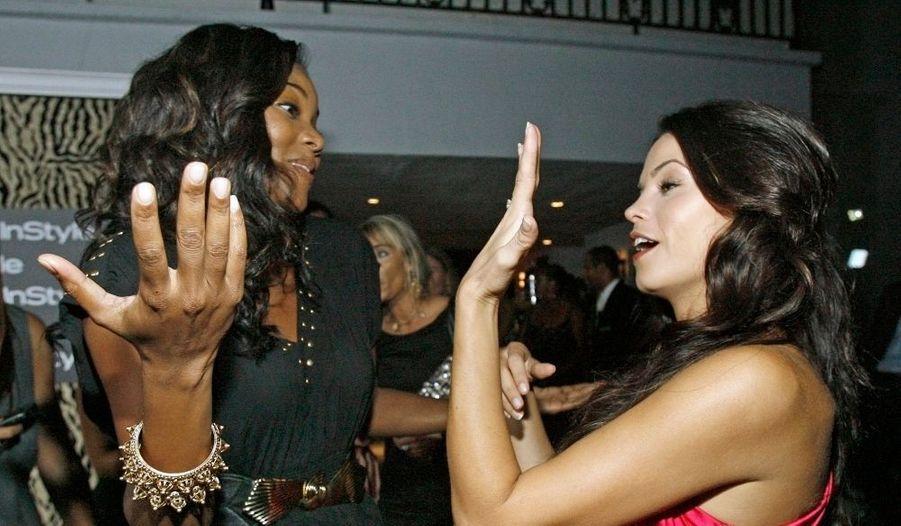 Les actrices Gabrielle Union (Elle est trop bien, American Girls, Bad Boys II) et Jenna Dewan (Sexy Dance, dont elle a épousé l'acteur principal, Channing Tatum, et bientôt Melrose Place –le spin-off) ont été aperçues à la huitième soirée estivale annuelle Instyle, hier soir à Hollywood… en grande discusssion.
