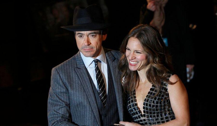 Robert Downey Jr et sa femme Susan à la première londonienne de Sherlock Holmes, à Leicester Square.