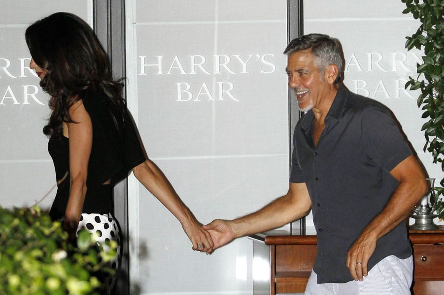Amal et George Clooney à Cernobbio le 22 juillet 2015